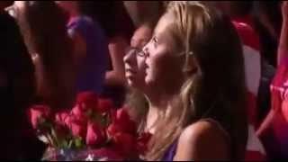 getlinkyoutube.com-Justin Bieber - One less lonely girl - Madison Square Garden