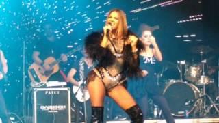getlinkyoutube.com-Maite Perroni - Ojos Divinos / Agua Bendita (Tour Love 2016 - São Paulo - 17/07/2016)