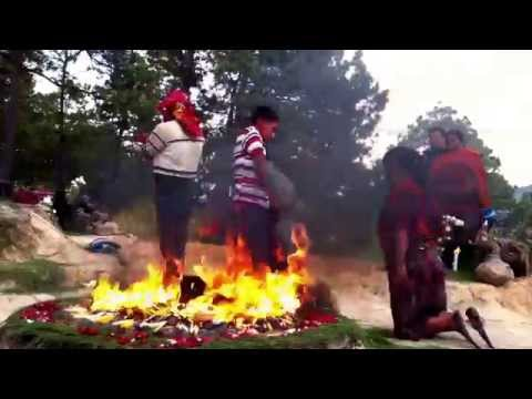Ritual Maya (parte 1) - Pascual Abaj, Chichicastenango
