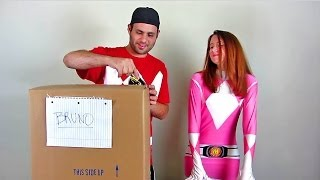 getlinkyoutube.com-Power Rangers Legacy Collection Unboxing!