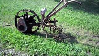 getlinkyoutube.com-1928 Kinkade Garden Tractor
