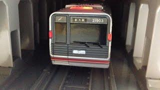 【プチ改造】 プラレール 大阪御堂筋線 新21系にテールライトを入れて走らせてみた Takaratomy Plarail