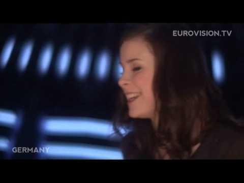 Satellite de Lena Letra y Video