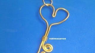 getlinkyoutube.com-Colgante llave corazón con alambre de aluminio