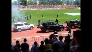 getlinkyoutube.com-Dan Policije 2013 Novi Sad ( Interventna Policija - Pljacka Banke)