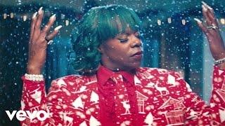 getlinkyoutube.com-Big Freedia - Make It Jingle