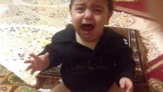 getlinkyoutube.com-اصغر طفل يبكي على الحسين ع