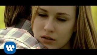 getlinkyoutube.com-Green Day - Wake Me Up When September Ends (Video)