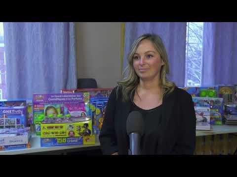 Place à la collecte de jouets de Ressources familiales!