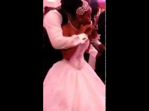 Sonnie Badu dancing with wife Ann-Marie Davis