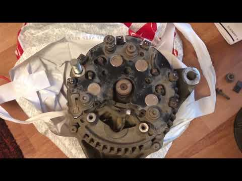 Генератор взорвался на моторе Mercedes M111! Замена генератора на SLK R170.