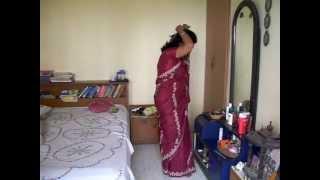 getlinkyoutube.com-Anumita dresses for a party