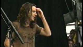 getlinkyoutube.com-Pearl Jam - Keep On Rockin' In The Free World (Live At Pinkpop)