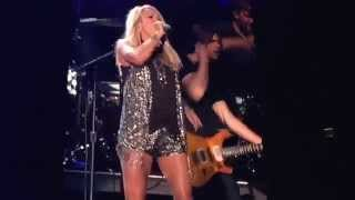 getlinkyoutube.com-Little Toy Guns - Carrie Underwood - LP Field - Nashville, TN 6/13/15
