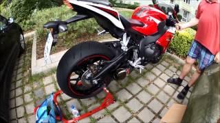 getlinkyoutube.com-Akrapovic Slip On exhaust CBR 1000 RR SC59