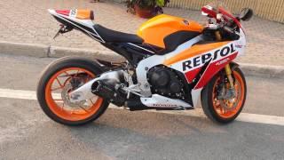 getlinkyoutube.com-2015 CBR1000RR Repsol 2 Brothers Exhaust