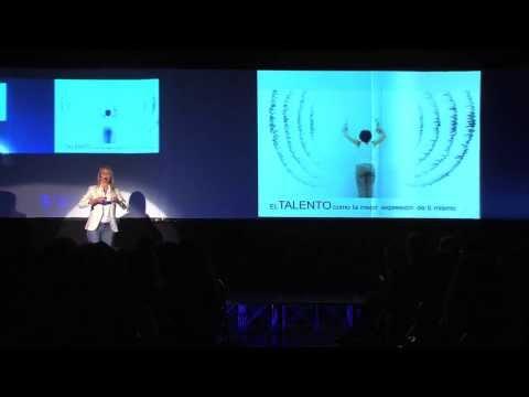 You can't search for happiness (La felicidad no se busca): Cecilia Bolocco at TEDxSantiago