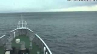getlinkyoutube.com-10メートルの大津波を乗り越える巡視船「まつしま」=東日本大震災