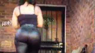 getlinkyoutube.com-Deelishis Big Booty Jiggle Walk In Slow Motion