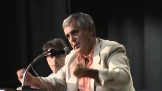 "getlinkyoutube.com-Ancona 20-09-13 Paolo Ferraro ""Chi comanda oggi in Italia?"" 1/2 Massoneria, Satanismo, Pedofilia"