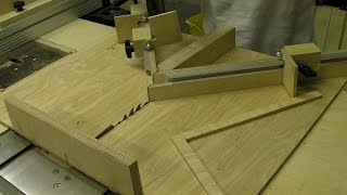 getlinkyoutube.com-Mitre Sledge with Flip Stop - Picture Framing Jig