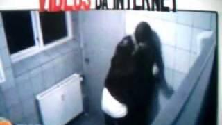 getlinkyoutube.com-Sexo com garota no banheiro acaba mal