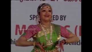 getlinkyoutube.com-School Kalolsavam 2015 Bharanatyam HSS Girls - Chest NO 137