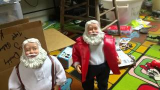 getlinkyoutube.com-Gemmy laughing santa and hip swinging shake it up