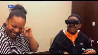 getlinkyoutube.com-Blind Boy Sees Mom for First Time