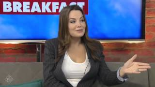 getlinkyoutube.com-Saving Hope Season 4 - Erica Durance Interview  - CP24 Breakfast