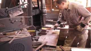 getlinkyoutube.com-The Forging of a Hunting Knife in Tosa, Japan - 2013-3-7
