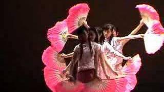 getlinkyoutube.com-LIC chinese fan dance