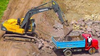 getlinkyoutube.com-Construction Trucks for Toddlers  - Trucks & Equipment Educational Video
