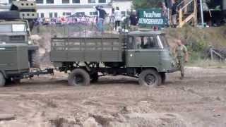 getlinkyoutube.com-Robur LO festgefahren und wird von Tatra 813 !!! geborgen