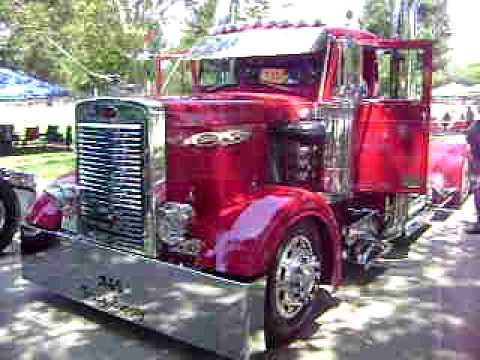 1957 Peterbilt @ Trucker Job Fair 2009