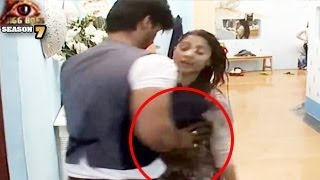getlinkyoutube.com-Bigg Boss 7 Kushal Tanisha UNCENSORED in Bigg Boss 7 8th November 2013 Day 54 FULL EPISODE