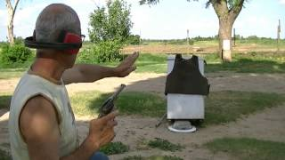 getlinkyoutube.com-Prueba de armas en chaleco Anti-balas (1) -Weapons test (1) in Bulletproof Vest