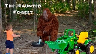 getlinkyoutube.com-Little Heroes Halloween THE HAUNTED FOREST Halloween Parody