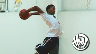 getlinkyoutube.com-Kwe Parker Is The BEST Dunker In High School! 6'2 Guard With BOUNCE!