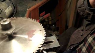 getlinkyoutube.com-Sharpening carbide tipped circular saw blades