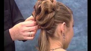 getlinkyoutube.com-Penteado Coque - Rede Invisivel