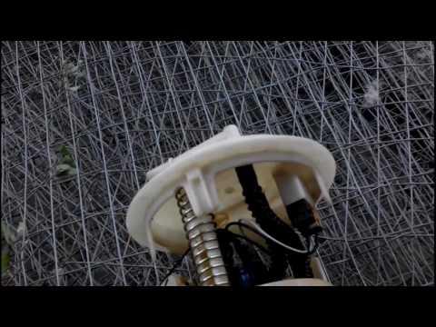 День 9. Замена бензонасоса на пежо 206.  Видео для тех кто дружит с техникой.