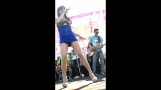 "getlinkyoutube.com-Uut Selly & Gilas OBB ""Bukak Sithik Joss"", Parangtritis, 2013-04-21"