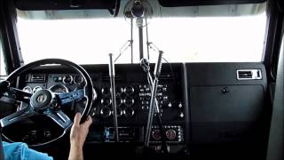 getlinkyoutube.com-Kenworth W900L - 3 Stick Shifting
