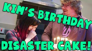 getlinkyoutube.com-Kim's Birthday Disaster Cake!