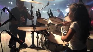 getlinkyoutube.com-Eduarda Henklein (6) tocando Guns Roses - sweet child o ' mine  com a  Manchester Band