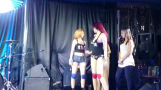 getlinkyoutube.com-Mocha Girls - Make It Bunx Up Twerk Contest