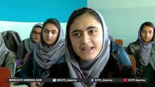 getlinkyoutube.com-Afghan girls going to school despite Taliban