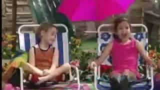 getlinkyoutube.com-Demi Lovato and Selena Gomez - Barney & Friends Clip