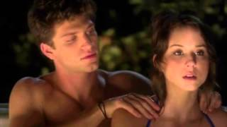 getlinkyoutube.com-Pretty Little Liars - 3x14 - Spencer + Toby get in the hot tub; Aria + her dad talk about Ali